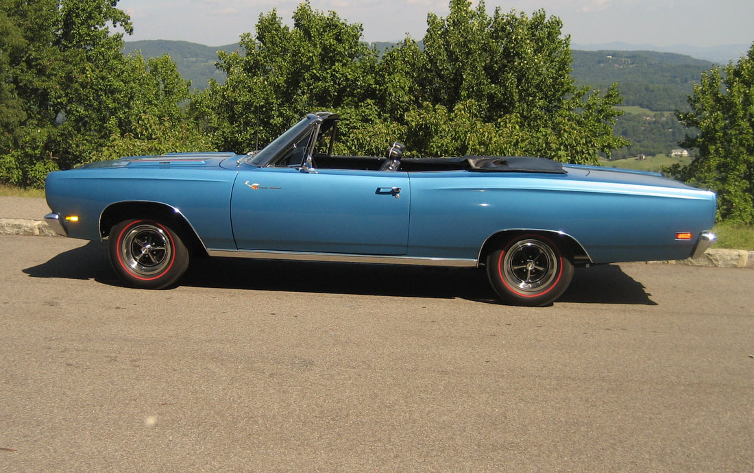 1969 Plymouth Roadrunner / Convertible